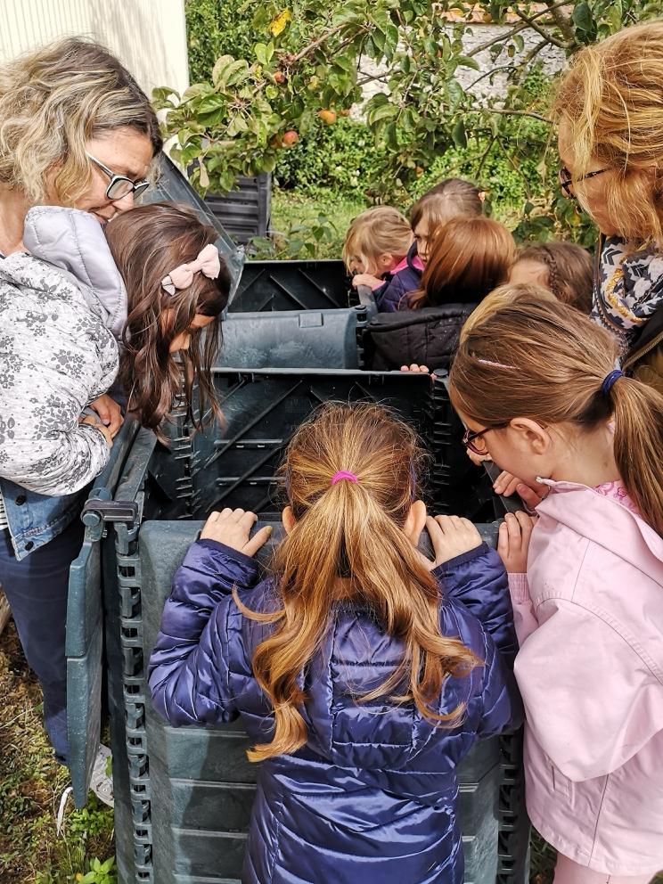 L'ALSH de Saint Léger des Aubées composte